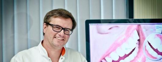 Dr Mariusz Duda
