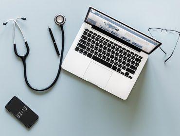 Wirtualna rzeczywistość i sztuczna inteligencja w służbie medycyny